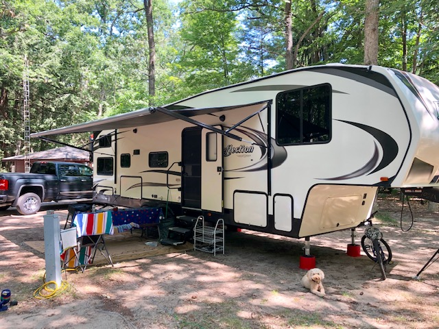 camper with dog